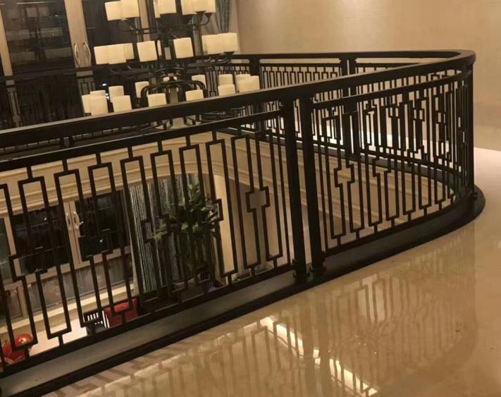 铝艺护栏行业的发展,防止生锈的铁和钢基体