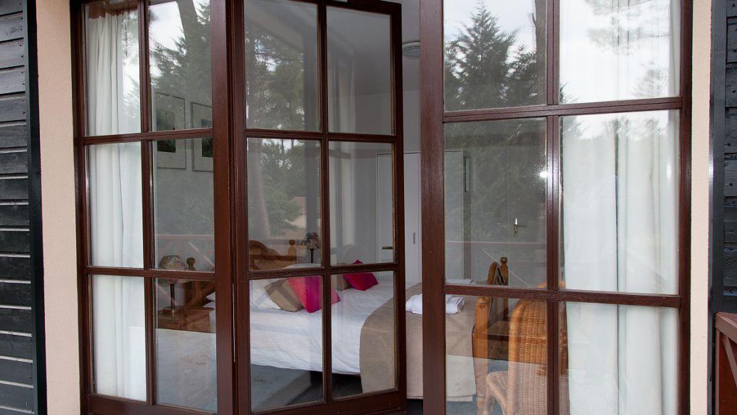 保温铝包木门窗