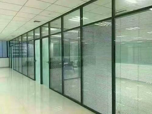 双玻璃百叶隔断墙