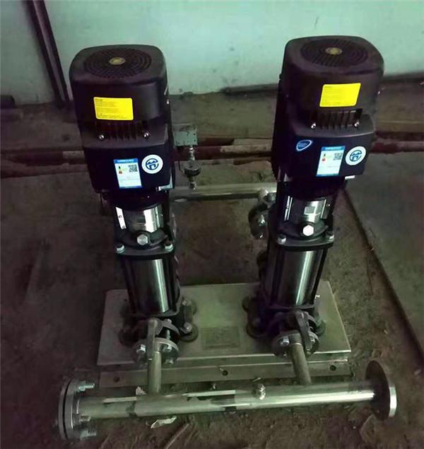 西安某小区不锈钢水箱,变频供水设备案例