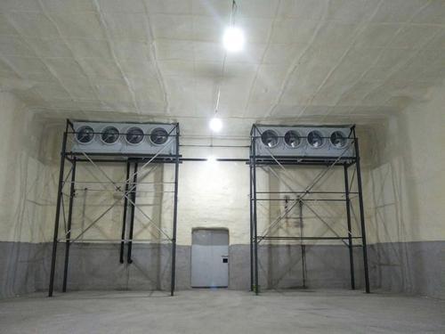 想要使宜昌冷库可以长久的使用及安全生产工作的进行,一定要正确的使用设备