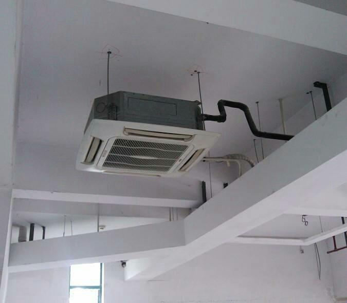 当宜昌中央空调使用过程中出现滴水情况,及时查找原因,针对问题维修