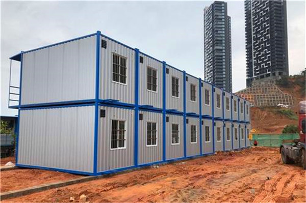 集装箱有什么过人之处可以让建筑工地都喜欢用它呢?