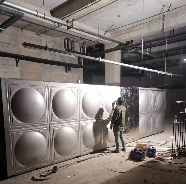 不锈钢水箱一般会不会变形呢?