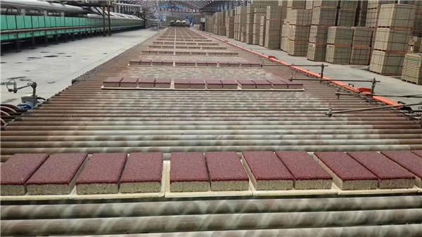 透水砖都有哪些特点?使用透水砖都有哪些好处呢?