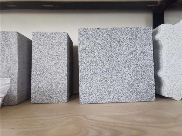 关于pc仿石砖施工的一些常见问题,我厂技术人员是这样回答的