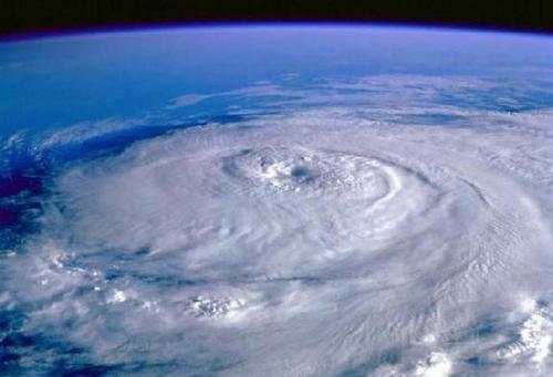 """今年第15号台风""""莲花""""生成 南海部分海域有9级大风"""
