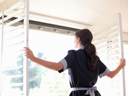 四川空气消毒机厂家告诉您让新家空气清新的方法!