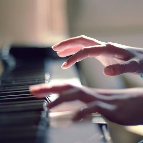 星月琴行教你这样保养维护钢琴,准没错!