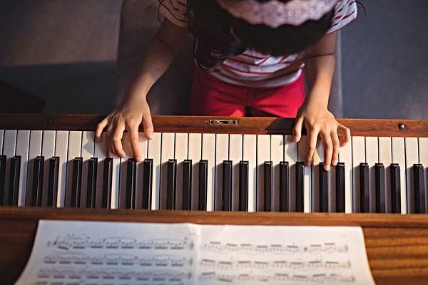 怎么让孩子主动学钢琴?赶紧来看看,你是不是做错了!