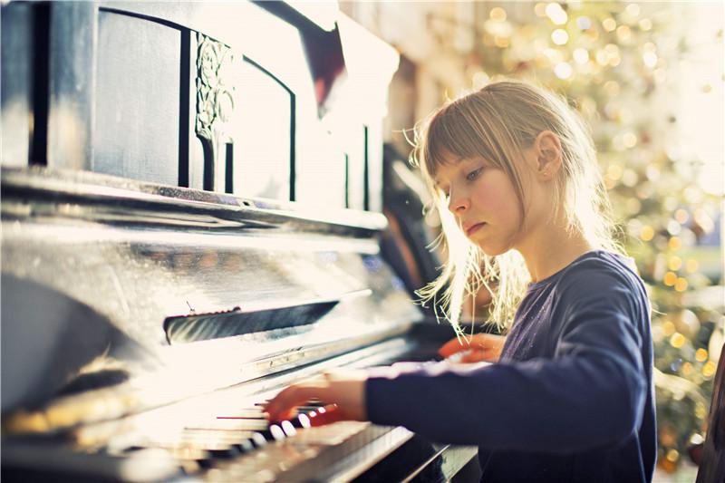 孩子不喜欢弹钢琴怎么办?还越来越喜欢顶嘴了