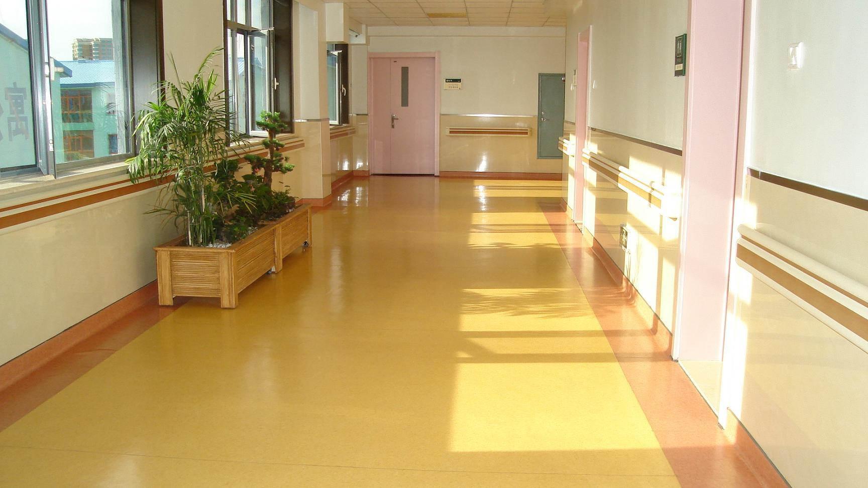 成都幼儿园塑胶地板