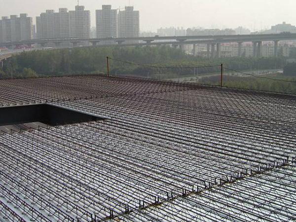 钢筋桁架式楼承板