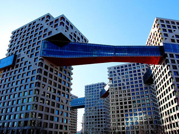 钢结构连廊设计