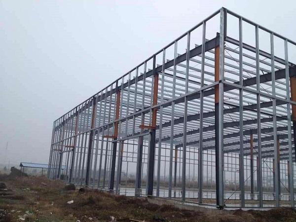 兰州钢结构厂房中经常会出现的三种故障类型