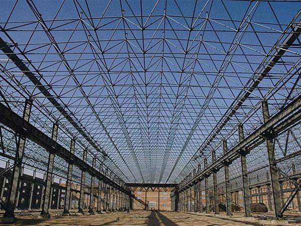 钢结构建筑的优缺点分别是什么