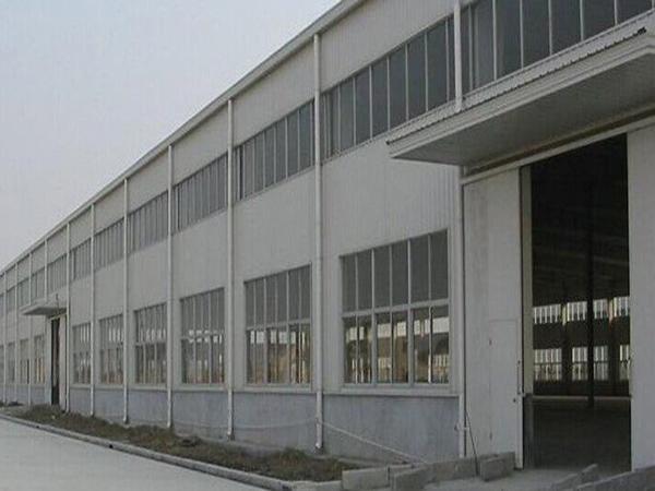 多长钢结构厂房