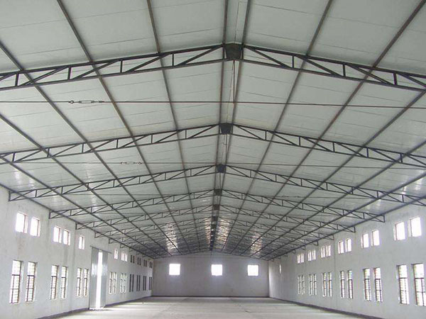 钢结构厂房施工焊接时该注意什么?