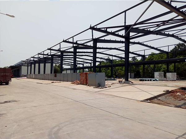 单层钢结构厂房特性及运用状况剖析