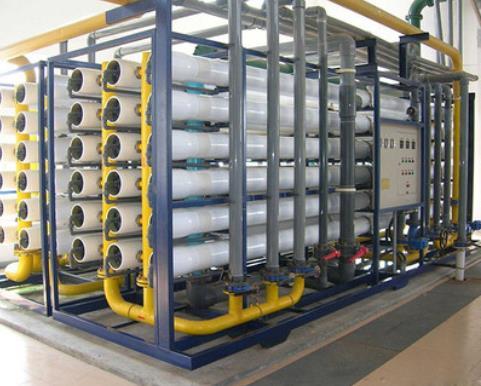 反渗透纯水处理设备的工作原理介绍
