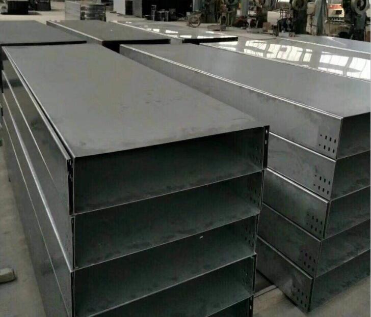 304不锈钢槽式桥架销售