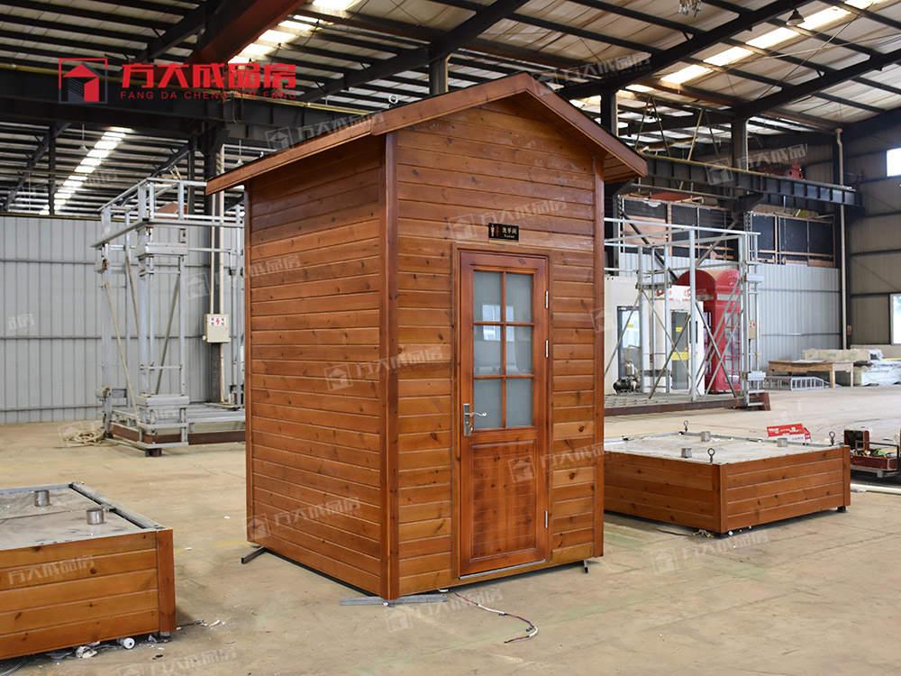 四川防腐木移动厕所生产