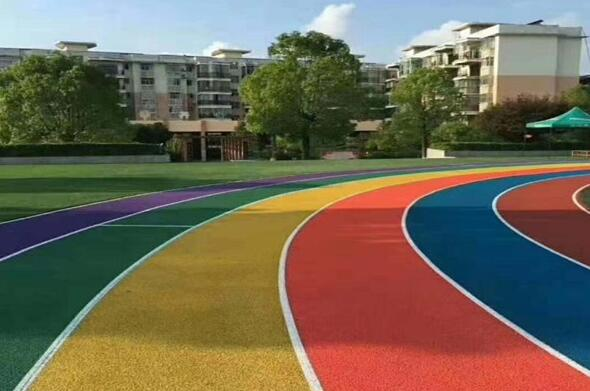 彩色透水混凝土地板如何应用及有什么效果?