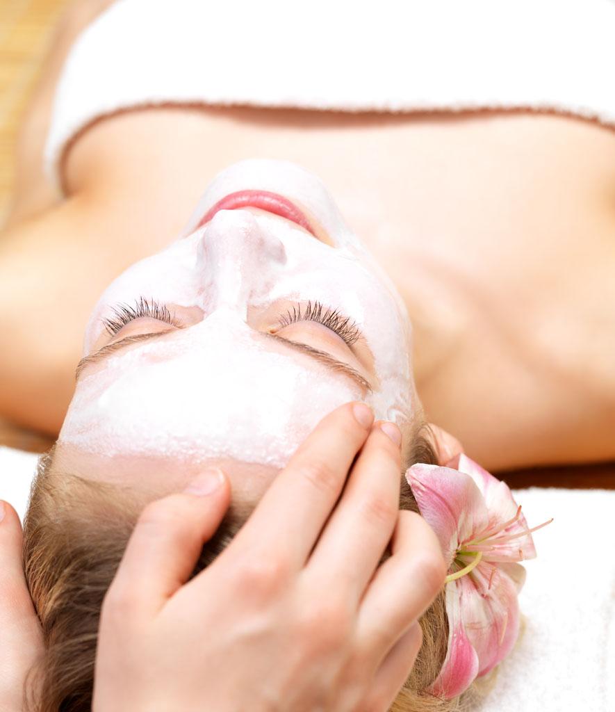 美容化妆对女性日常来说很普遍,但是学技术就不简单了