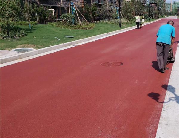 郑州彩色沥青:原阳西西里小区施工案例