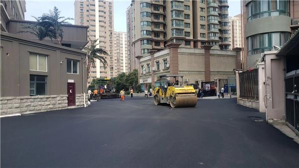 沥青道路施工时使用的材料需要符合以下这些要求