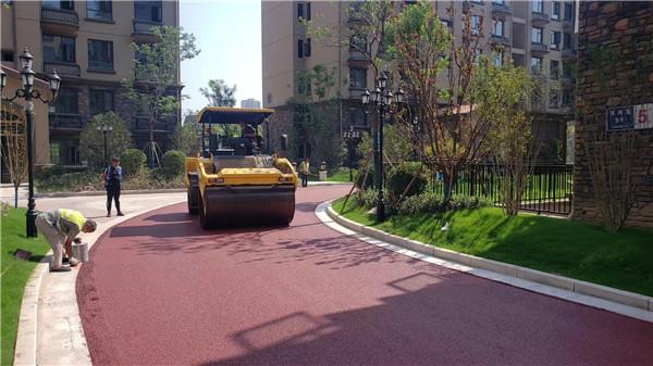 郑州彩色沥青施工设备