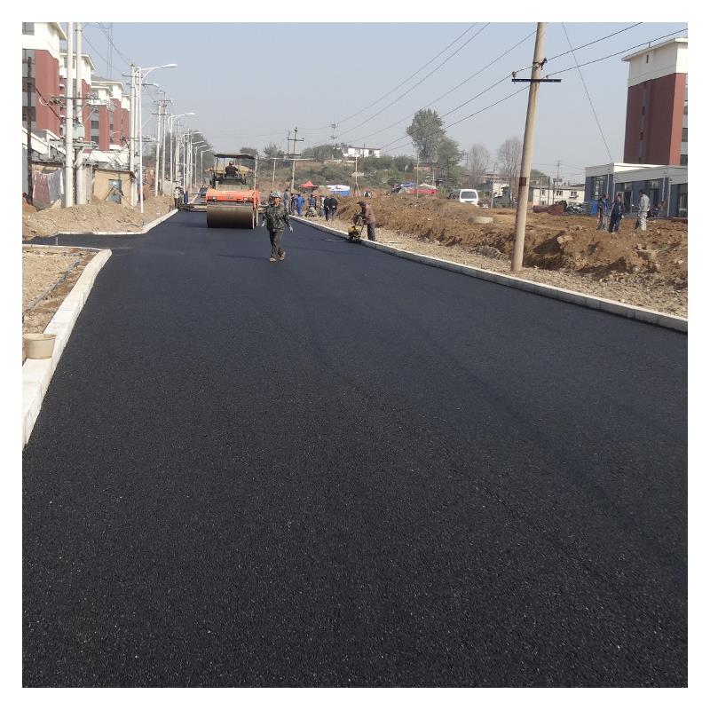 为什么现在有很多道路都采用沥青路面?