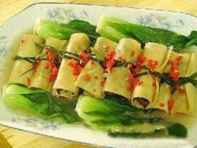 妙手豆皮素菜卷