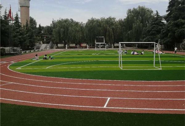 陕西塑胶跑道施工完工在某校园中!