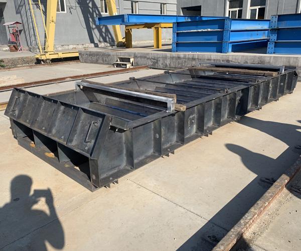 钢模板在施工时需要注意哪些事项?