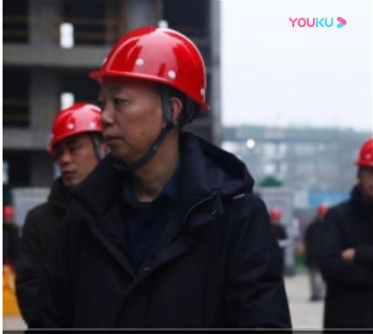 高可泰全钢安全爬架华西十二公司广汇御园项目现场观摩