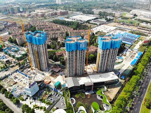 自贡附着升降脚手架案例:四川恒工-叠香庄园