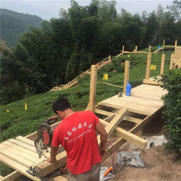 防腐木栏杆施工
