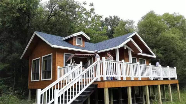 搭建宜昌木屋的位置較多,這種設計除了貼近自然,同時還可以緩解溫室效應