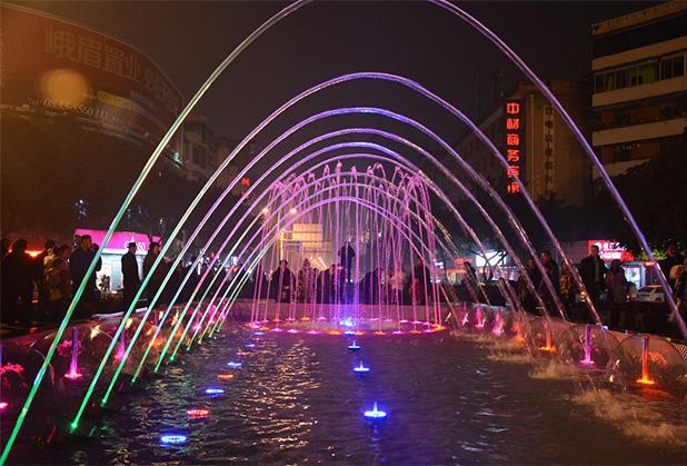 水景喷泉对城市建设发展起到什么意义?