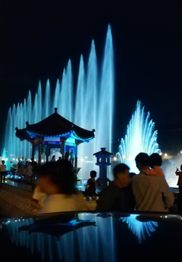 四川喷泉设备厂家定制成功案例