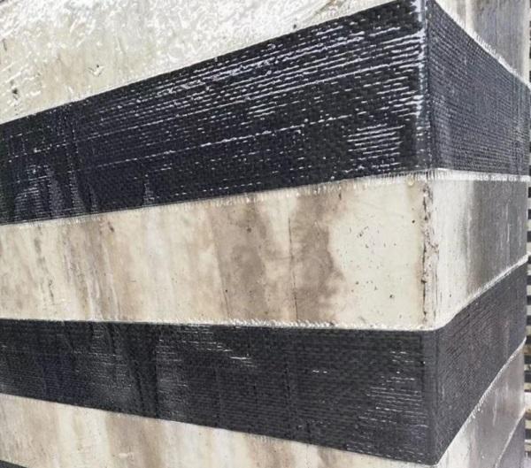 """利用碳纤维布进行建筑加固时,会出现""""空鼓""""现象的原因分析"""