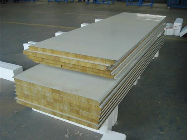 隆德胜彩钢厂岩棉夹芯板生产样品图