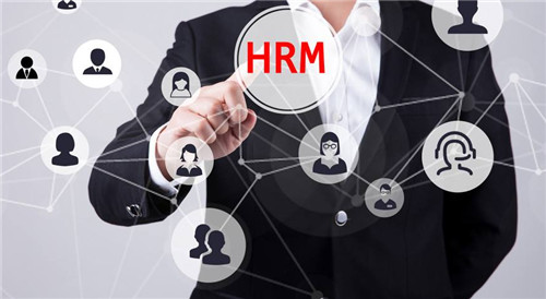选择与人力资源公司合作该关注哪些信息?