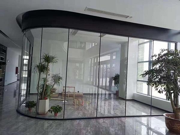 五A写字楼玻璃隔断案例