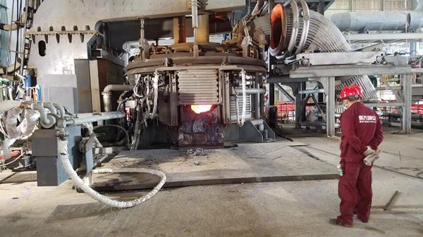 电弧炉炼钢视频