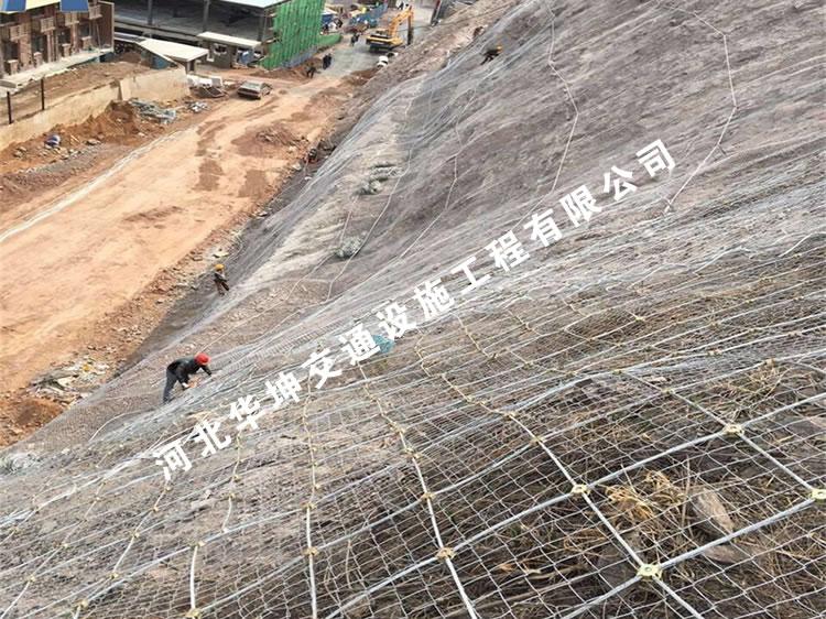 护坡网能有效修复边坡生态环境