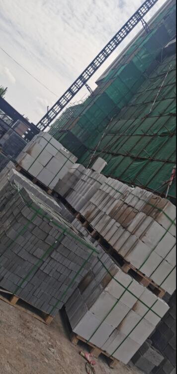 石膏砌块供应现场实景