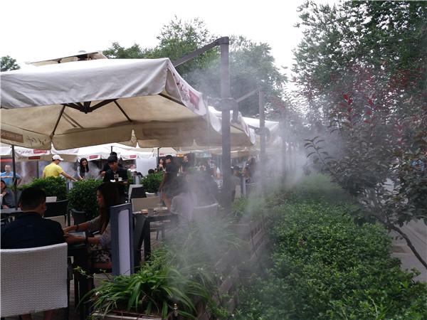 夏季如何在猪场中的正确使用喷雾降温措施吗?具体怎么做!