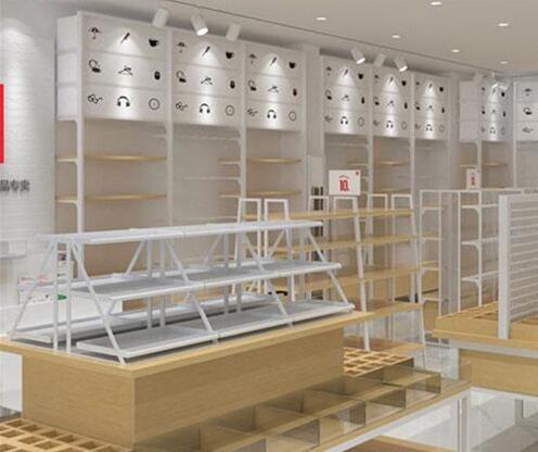 如何布置服装店展示柜才能让效果更好?